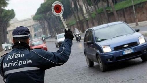 A Torino 42 multe dei vigili per violazione del blocco anti smog