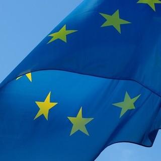 Progettazione ecocompatibile: la Commissione chiede l'opinione del pubblico sull'economia circolare e sulle misure di efficienza energetica per telefoni cellulari e tablet