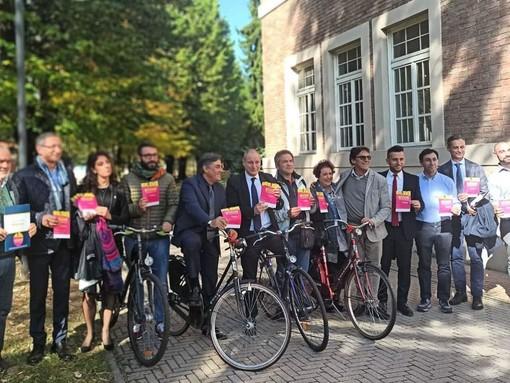 """Semaforo verde per l'incentivo a chi va a lavoro in bicicletta: è già boom di richieste per """"Bogia"""""""