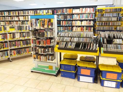 La Biblioteca Mirafiori si prepara al trasloco: quasi 20mila i volumi da spostare