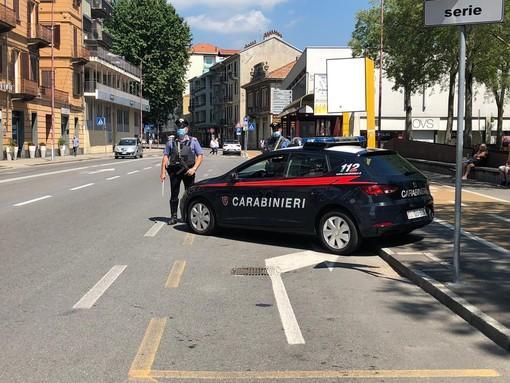 Autista di bus aggredito e picchiato ad Ivrea: scoperti e denunciati due ventenni
