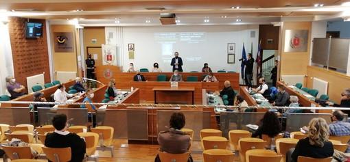 Grugliasco, primo Consiglio comunale in presenza dopo la pandemia [FOTO]
