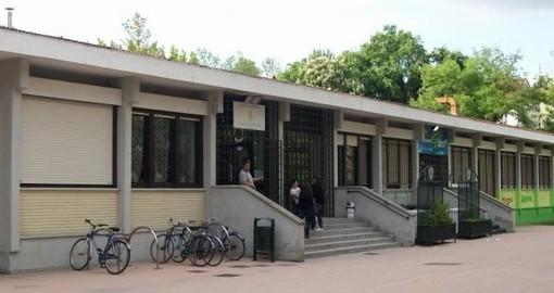 """Nichelino, """"Cinema sotto le stelle"""" da stasera si sposta nei giardini del centro Grosa"""