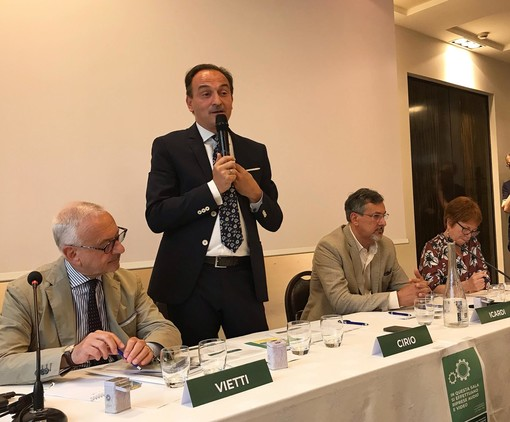 """Cirio: """"Priorità risolvere problema liste d'attesa in Piemonte, con nuovi medici"""""""