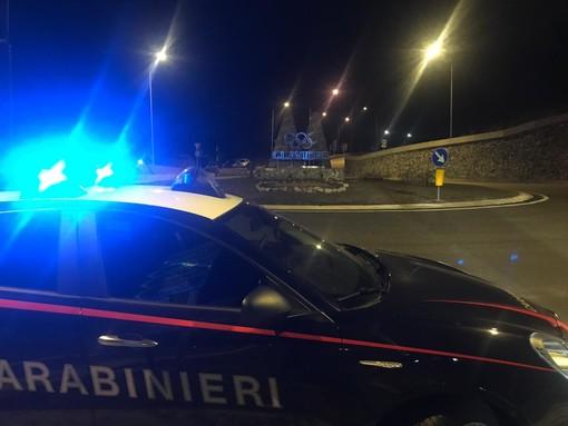 Notte agitata sul lungomare di Savona, torinese aggredisce i carabinieri: arrestato