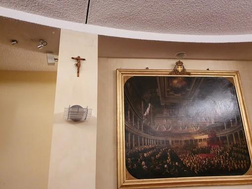 """Preioni e Cane (Lega Salvini Piemonte): """"Impegno mantenuto, il crocefisso è tornato nell'aula di Palazzo Lascaris"""""""