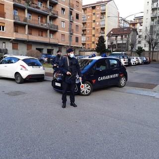 Posto di blocco dei carabinieri a Torino