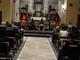 None, i balli senegalesi in chiesa per beneficenza scatenano la polemica sui social