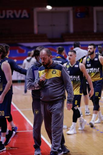 Basket, Reale Mutua domenica a Trapani per ritrovare il dolce sapore della vittoria