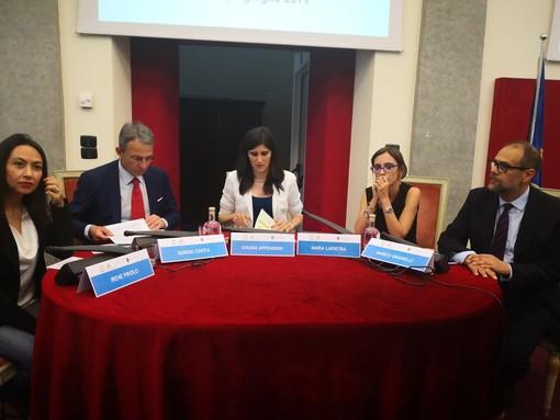 """Il governo appoggia la svolta green di Appendino, Costa: """"Pronti a sostenere bus sostenibili"""""""