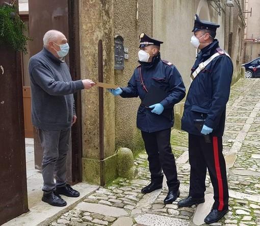 Agli anziani più fragili anche in provincia di Torino le pensioni in contanti consegnate dai carabinieri