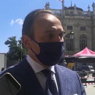 """Il Giro stringe le maglie della sicurezza e allontana gli assembramenti, Cirio: """"Entrerà in piazza Castello solo chi ha fatto il tampone"""""""