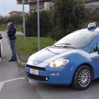 Dpcm, controlli della polizia a Torino: venerdì 214 fermati, 26 persone multate