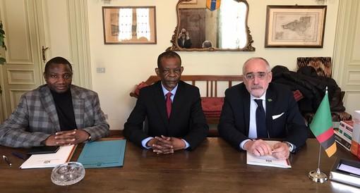 Un luogo da scoprire e il paradiso dell'imprenditoria: l'Ambasciatore dello Zambia racconta del suo amore per l'Italia e dell'importanza del Consolato a Torino