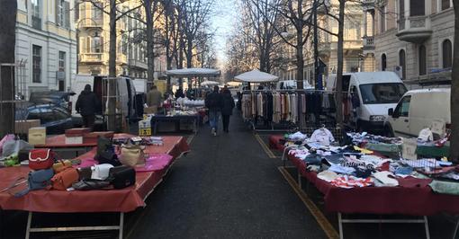 """Il timore dei torinesi al tempo del Coronavirus: """"partenza lenta"""" per i mercati rionali in città [VIDEO]"""