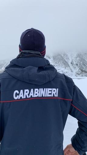 Controlli dei Carabinieri sulle piste da sci del Torinese