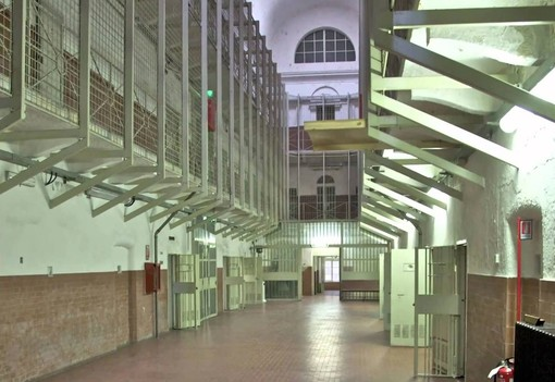 Carcere di Ivrea, violenta rissa tra detenuti nordafricani e italiani