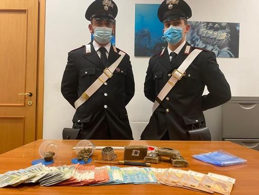 Per evitare le multe Covid, la droga arrivava a domicilio: arrestati due corrieri con un chilo di stupefacenti [VIDEO]