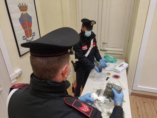 Droga alle Vallette: arrestato un uomo con un chilo e mezzo di stupefacenti e una pistola [VIDEO]