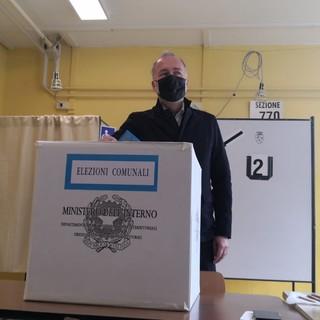 Paolo Damilano al voto con la famiglia