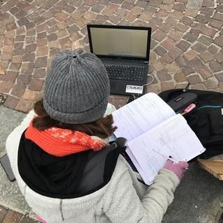 """Rivoli, gruppo di genitori e insegnanti scrive a Cirio: """"Basta dad, si torni in aula in presenza"""""""