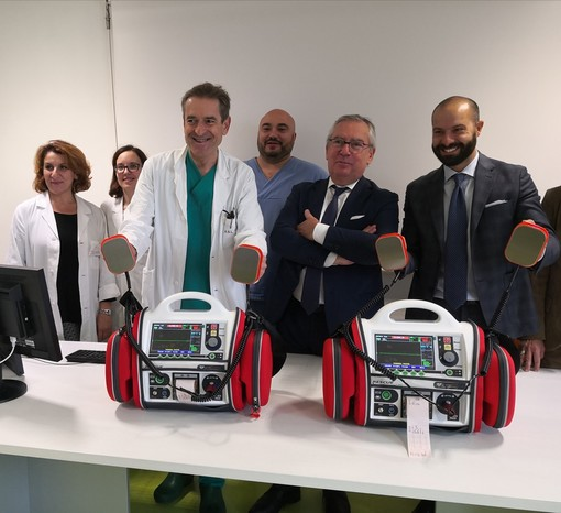 Rivoli, due nuovi defibrillatori per l'ospedale: andranno al pronto soccorso e alla cardiologia