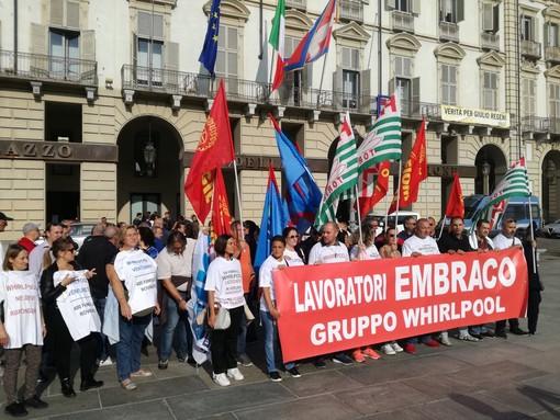 """Ex Embraco, lunedì i lavoratori davanti al tribunale per la prima udienza di fallimento per Ventures: """"Siamo allo stremo"""""""