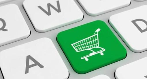 Spesa a domicilio: i vantaggi di farla online