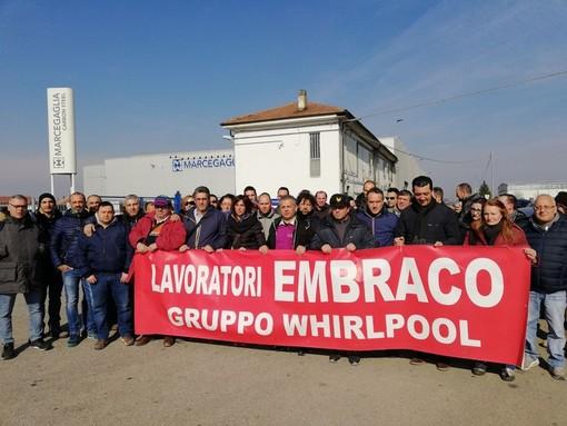 Ex Embraco, dopo le segnalazioni dei lavoratori ecco il blitz della Finanza: ipotesi di bancarotta