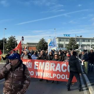 """Ex Embraco, i sindacati avvertono: """"Da aprile a rischio la cassa integrazione per 400 lavoratori"""""""