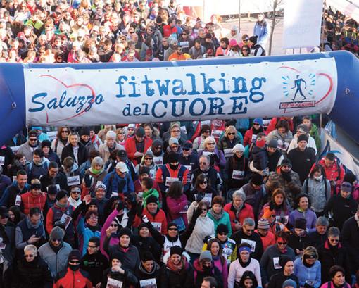 Saluzzo, Fitwalking del Cuore  al via con l'ennesimo  record di iscritti: 10.712