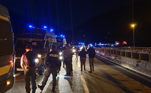"""No Tav, condanna politica unanime contro il blitz anti-polizia al cantiere di Chiomonte: """"Un atto terroristico"""""""