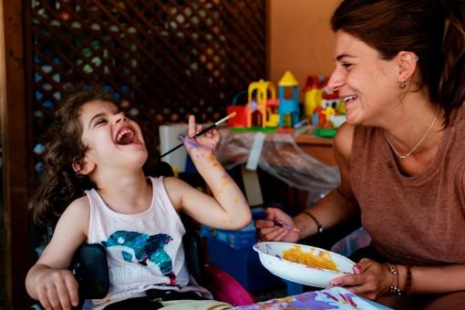"""Il Covid """"blocca"""" il mare della Toscana? E allora Fondazione Paideia porta i piccoli con disabilità in campagna"""