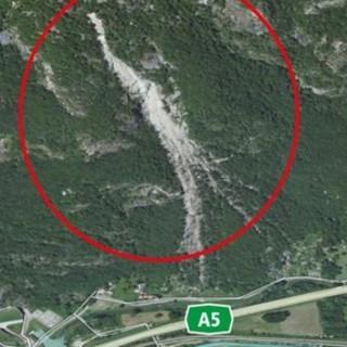Torna il rischio frana sulla Torino-Aosta: circolazione bloccata tra Quincinetto e Pont Saint Martin. Poi la riapertura