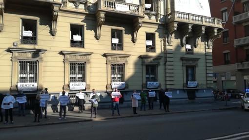 Flash mob davanti alla sede Ascom Torino