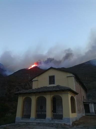 """Della Valle e Scibona del M5S:""""Governo e Regione inermi di fronte agli incendi in Piemonte"""""""