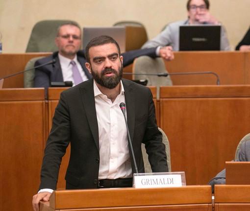 """Sanità, Grimaldi (LeU): """"La Regione apra subito i concorsi e lanci un appello ai medici: tornate qui, la sanità pubblica ha bisogno di voi"""""""