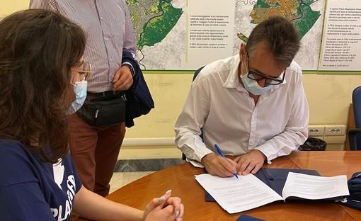 Tutela ambientale, firmato in Comune un protocollo per la riduzione della plastica