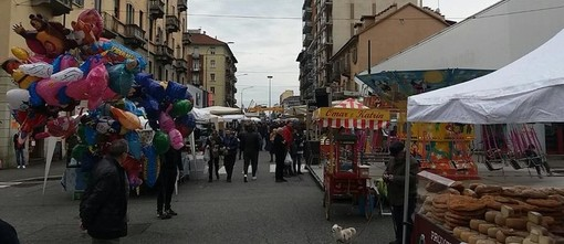 """Covid, a Torino nel 2020 meno burocrazia e più """"notti bianche"""" per le Feste di Via"""