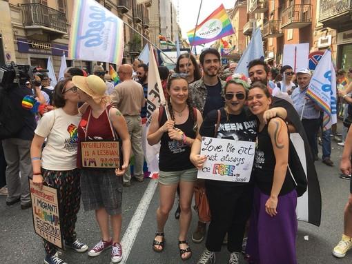 """Il Pd al Torino Pride: """"Ci opponiamo alle politiche di questo tempo"""""""