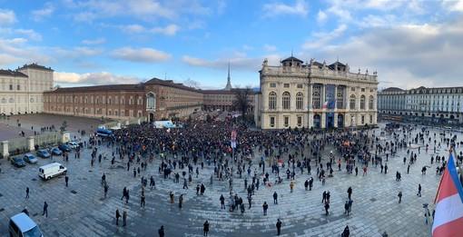 """Greta a Torino, ma la piazza dei Fridays for Future non si riempie. Gli attivisti: """"Siamo gli artefici del cambiamento"""""""