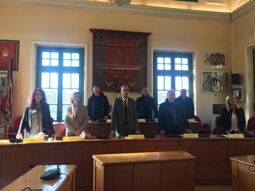 """Venaria, il sindaco Giulivi presenta la Giunta: """"Politici e venariesi per incidere fin da subito"""" [VIDEO]"""