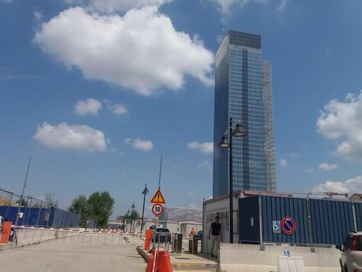 """Grattacielo Regione Piemonte, Manfredi (Radicali): """"Le ditte costruttrici chiedono altri 65 milioni di euro"""""""