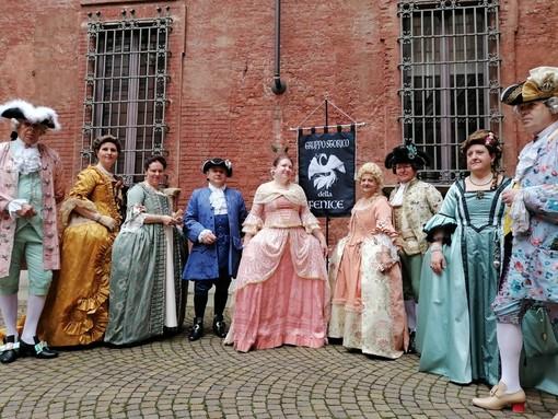Il Gruppo storico della Fenice per la visita animata a Palazzo Cisterna