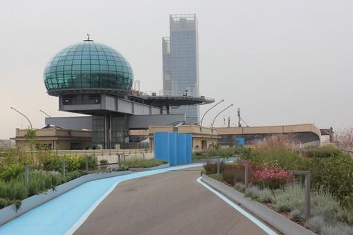 La pista del Lingotto guarda al futuro: arte e natura nel luogo simbolo della Torino industriale (FOTO e VIDEO)