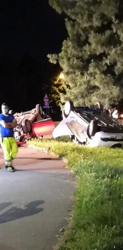 Spettacolare incidente ieri sera in via Artom: due auto coinvolte ma nessun ferito grave