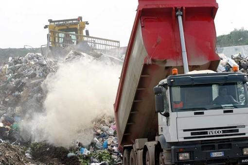 Oltre 220 mila euro di multe per le società addette alla raccolta e trasporto rifiuti