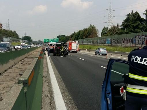 Maxi-tamponamento in tangenziale: traffico bloccato da corso Allamano a Pianezza in direzione Milano