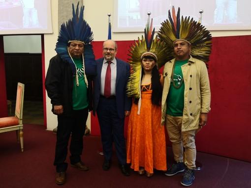 """I leader indigeni dell'Amazzonia a Torino: """"L'Europa lotti con noi per salvare la foresta"""""""