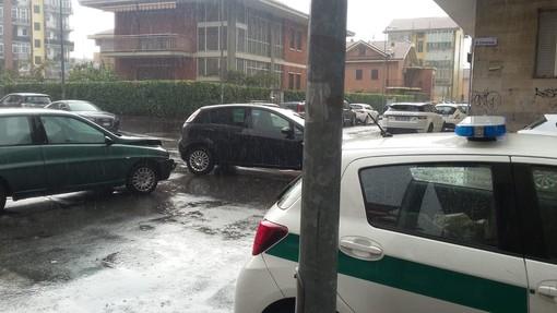 Nichelino, incidente tra Lancia Y e Fiat Punto: guidatori illesi malgrado la violenza dello scontro